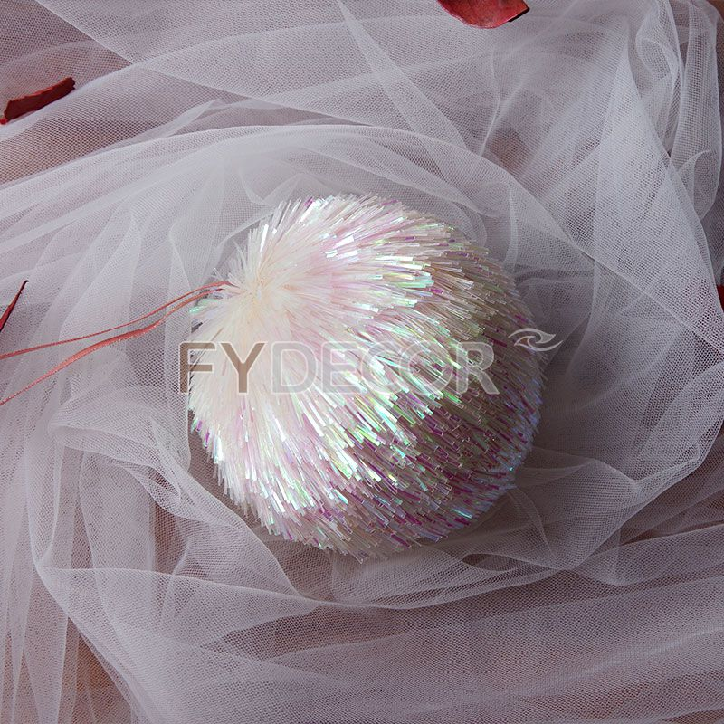 Handicraft Christmas Ball Ornament for Xmas And Valentines Day Or Any Holiday Decoration
